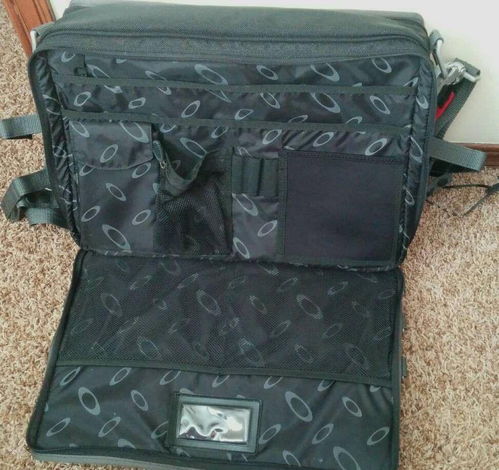 For Sale: SI Tactical Laptop Bag - uploadfromtaptalk1403995055709.jpg