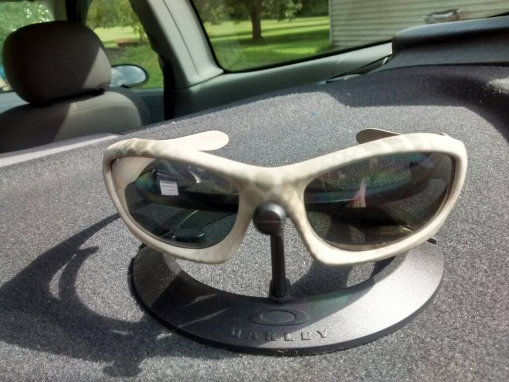 Oakley Monster Dog Ultrablend..ish Cerakote - uploadfromtaptalk1410895252759.jpg