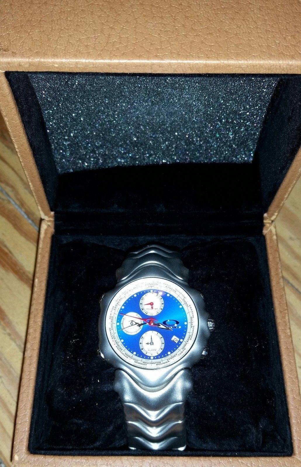 GMT Silver with Blue Face - uploadfromtaptalk1416890232721.jpg