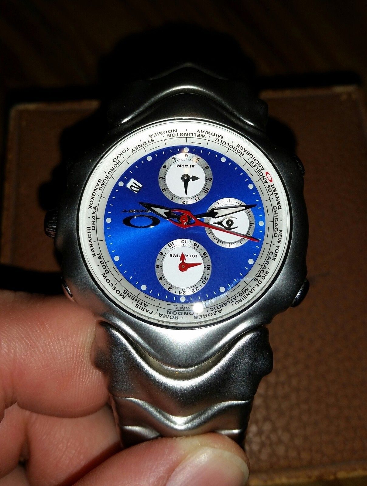 GMT Silver with Blue Face - uploadfromtaptalk1416890255685.jpg