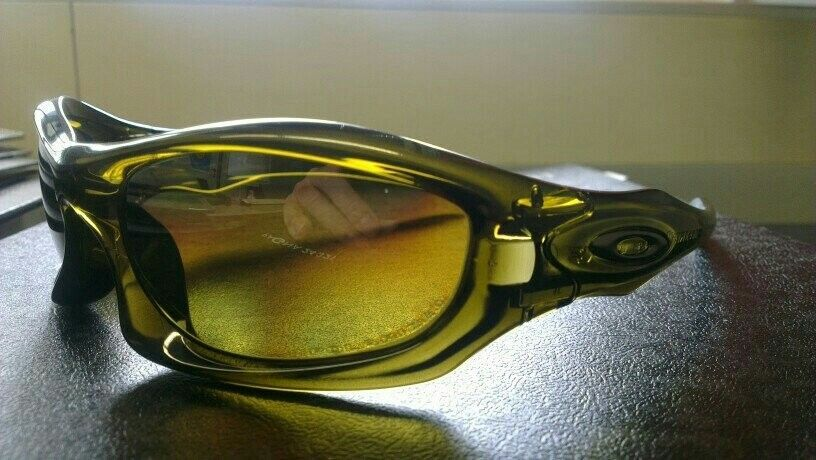 Oakley Monster Dog - Amber Black - uploadfromtaptalk1419150656243.jpg