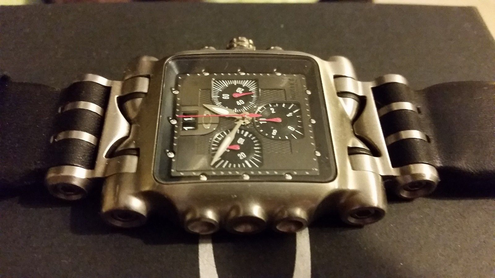 Fs Minute Machine Ti Face /w leather bands - uploadfromtaptalk1421262340876.jpg