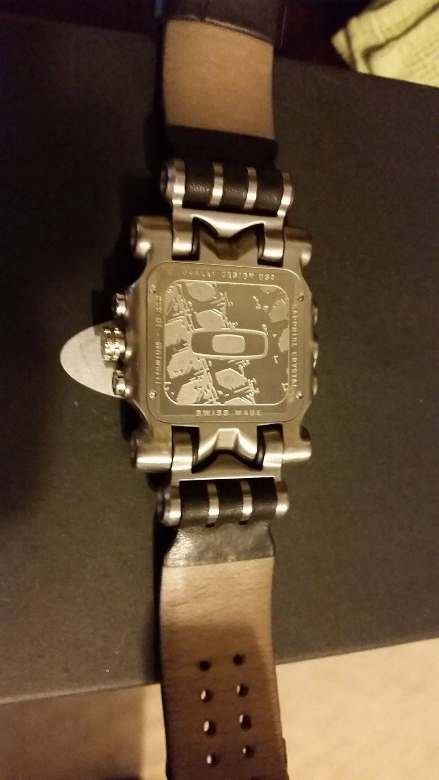 Fs Minute Machine Ti Face /w leather bands - uploadfromtaptalk1421262348387.jpg