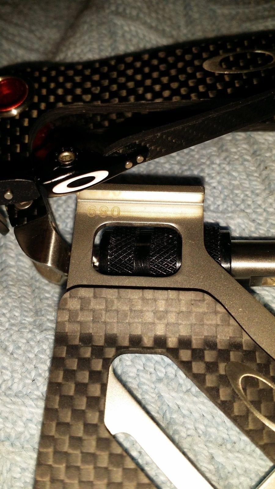 New carbon fiber clip - uploadfromtaptalk1432442948411.jpg