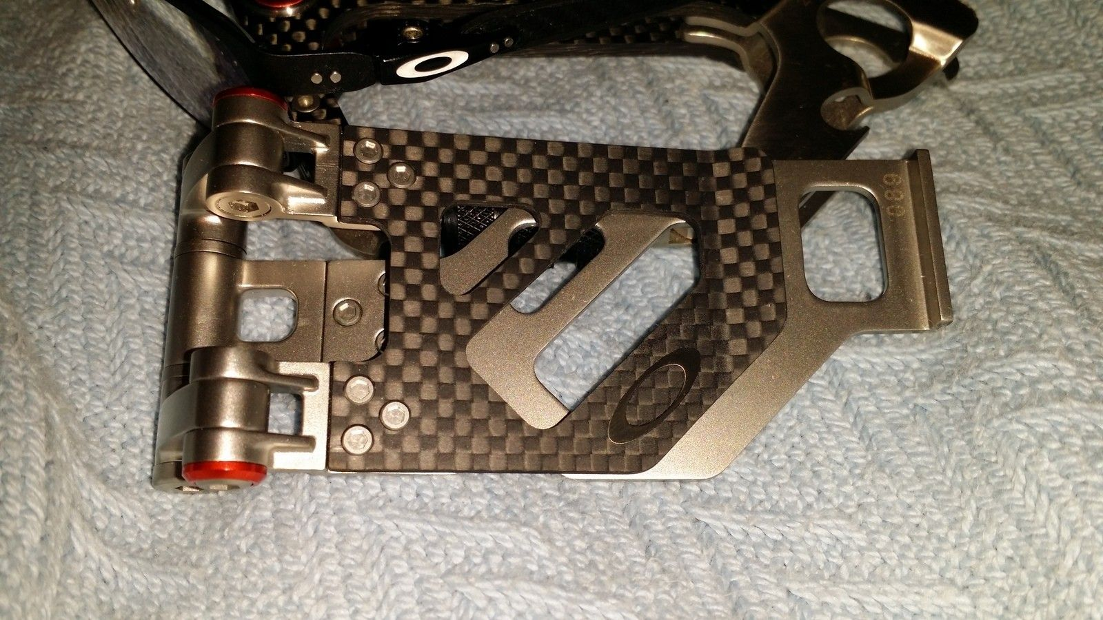 New carbon fiber clip | Oakley Forum