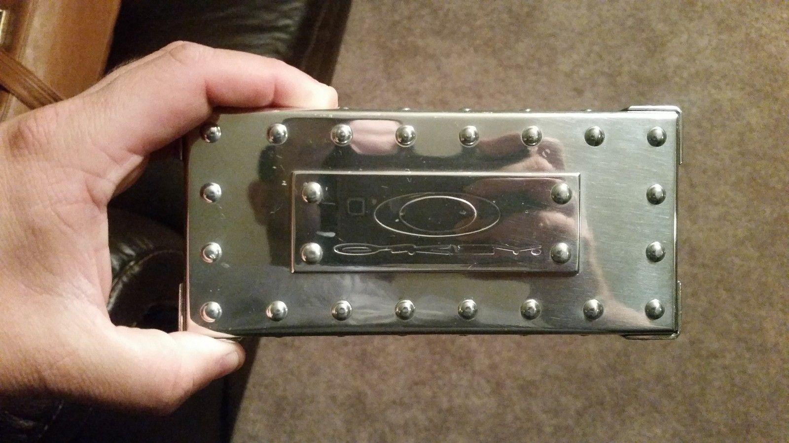 Polished medium Metal Vault - uploadfromtaptalk1443272015476.jpg