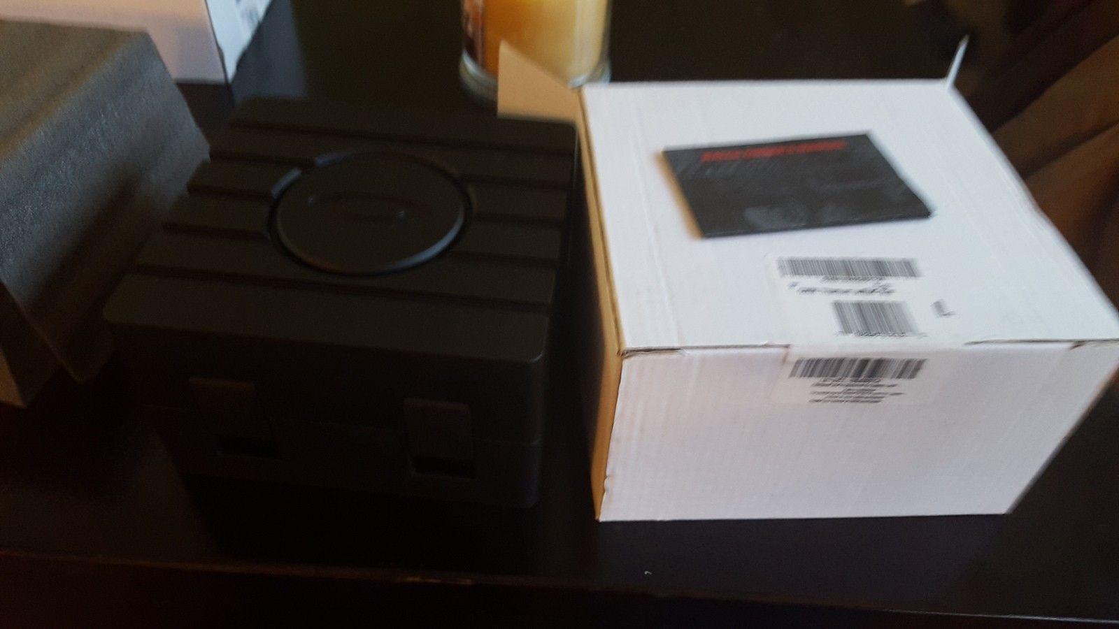 Oakley Watch box - uploadfromtaptalk1448316817681.jpg