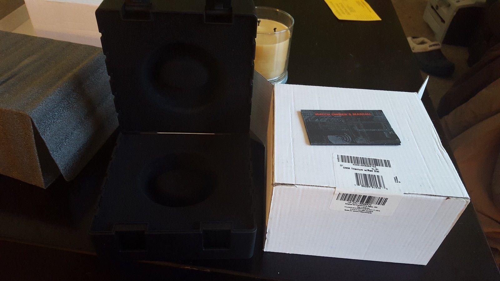 Oakley Watch box - uploadfromtaptalk1448316833027.jpg