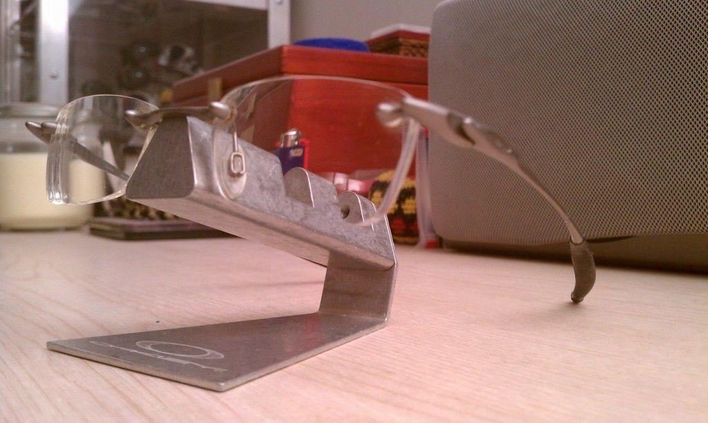 Standard Glasses - utf-8BSU1BRzEwNDIuanBn.jpg