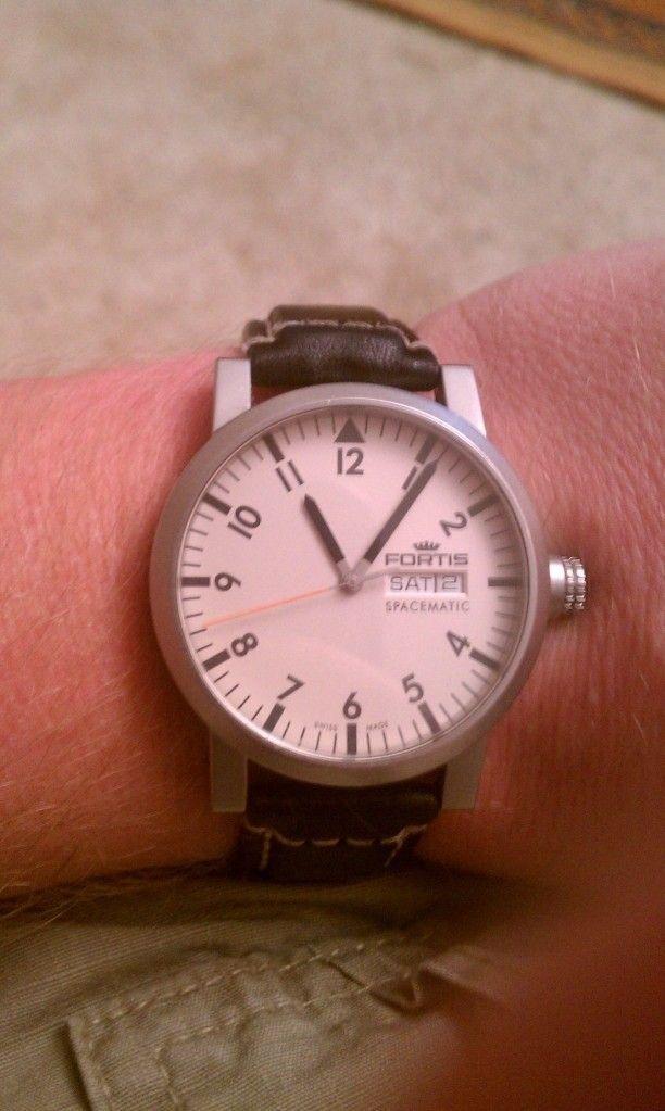 What Time Is It? - utf-8BSU1BRzEyNjguanBn.jpg
