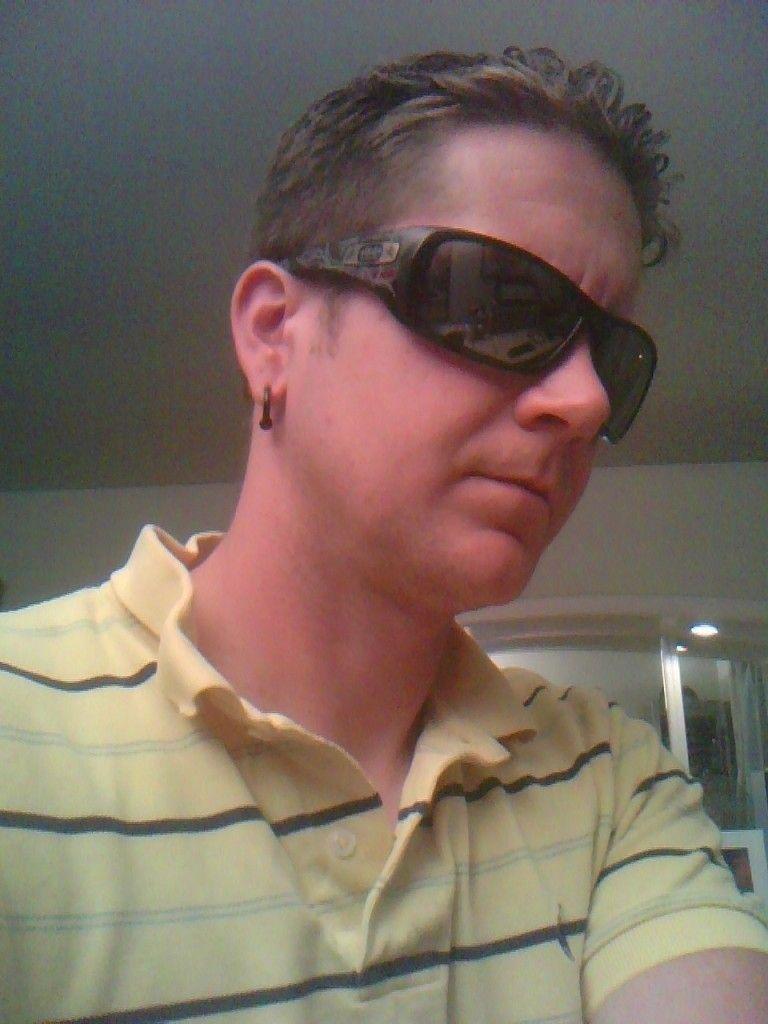 Need Help Choosing Sunglasses To Buy - utf-8BSU1BRzEzMTAuanBn.jpg