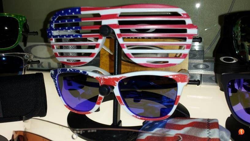 Look At These New Oakleys I Got - va7eme5a.jpg