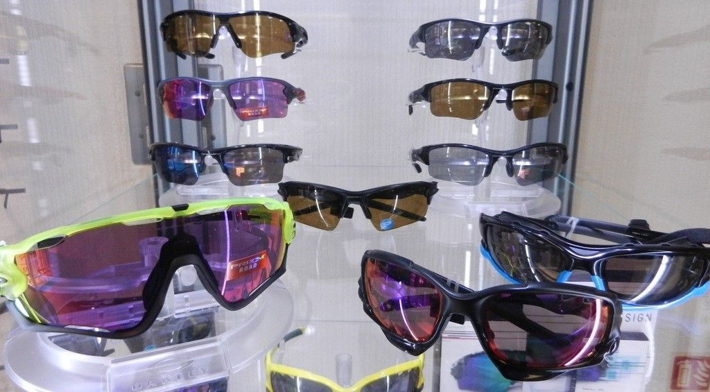 Selling of majority of Oakley collection - all £100 ono - vcbfc%20002_zpsrkqsdqij.jpg