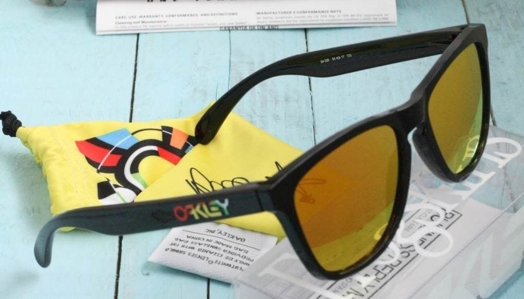 Valentino Rossi Signature Series NOW AVAILABLE On Oakley.com - VR46-1.jpg