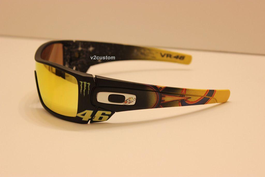 V2oak's 13th DIY: Custom Valentino Rossi inspired Batwolf - vr_46%2013_zpsha11frha.jpg