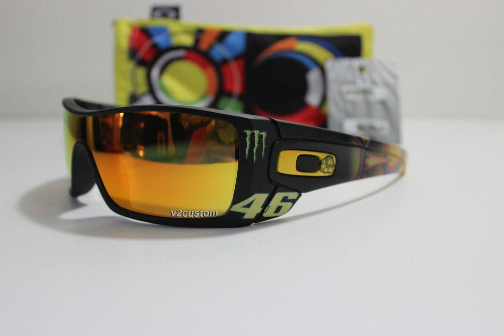 V2oak's 13th DIY: Custom Valentino Rossi inspired Batwolf - vr_46%202_zpsgrckqxal.jpg