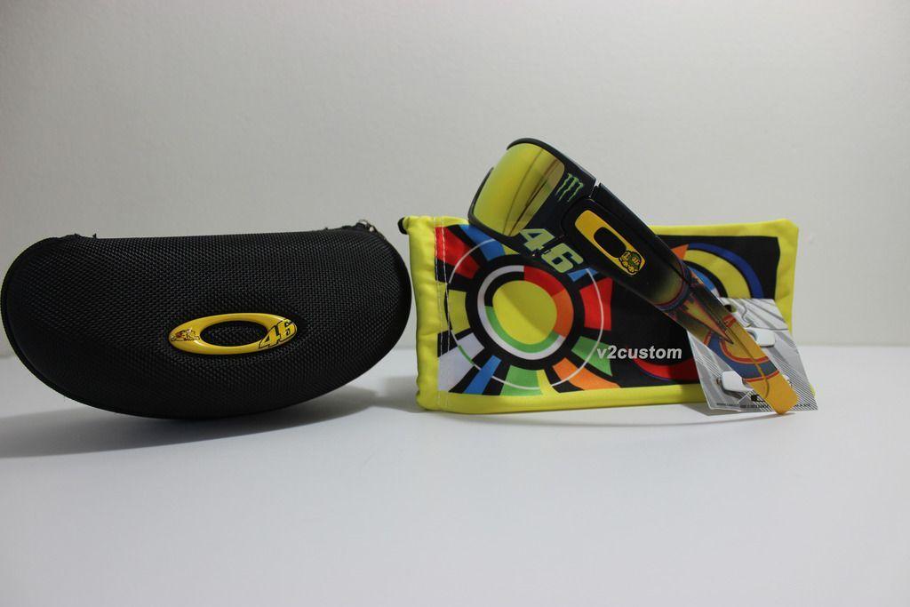 V2oak's 13th DIY: Custom Valentino Rossi inspired Batwolf - vr_46%205_zpsnxqnu9qa.jpg