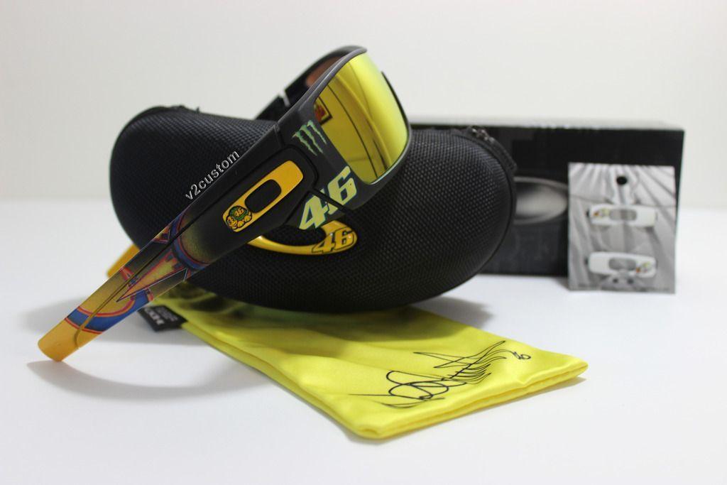 V2oak's 13th DIY: Custom Valentino Rossi inspired Batwolf - vr_46%207_zps00puadgh.jpg