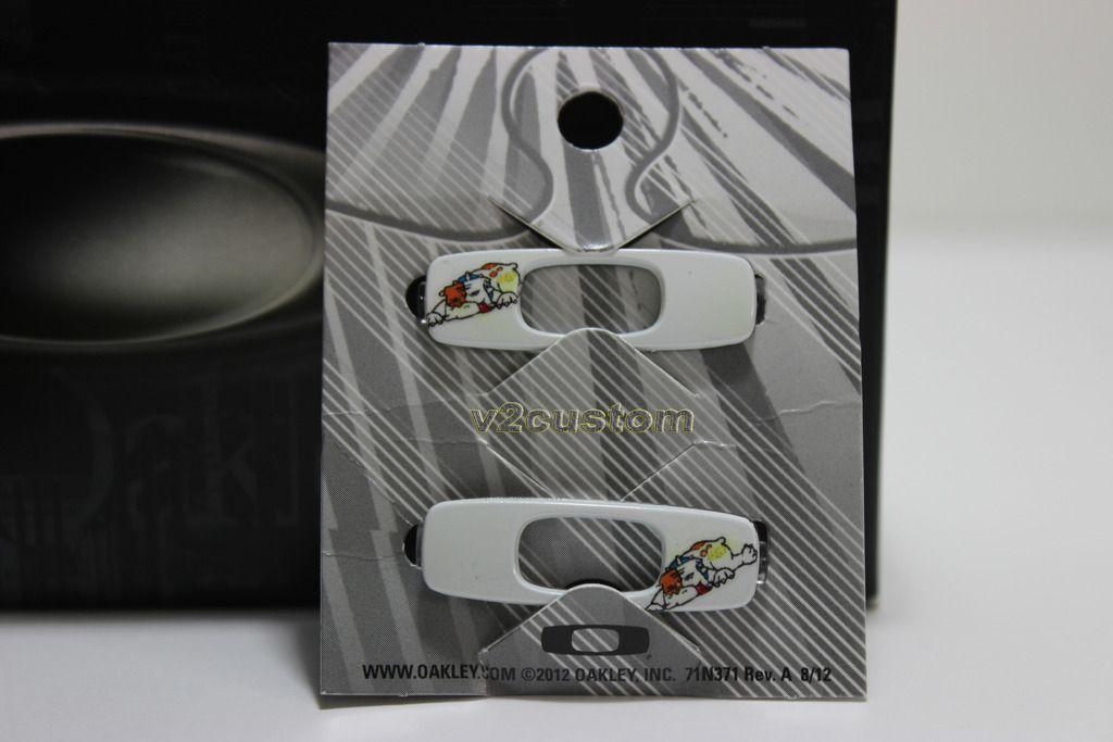 V2oak's 13th DIY: Custom Valentino Rossi inspired Batwolf - vr_46%208_zpsx5l1xckl.jpg