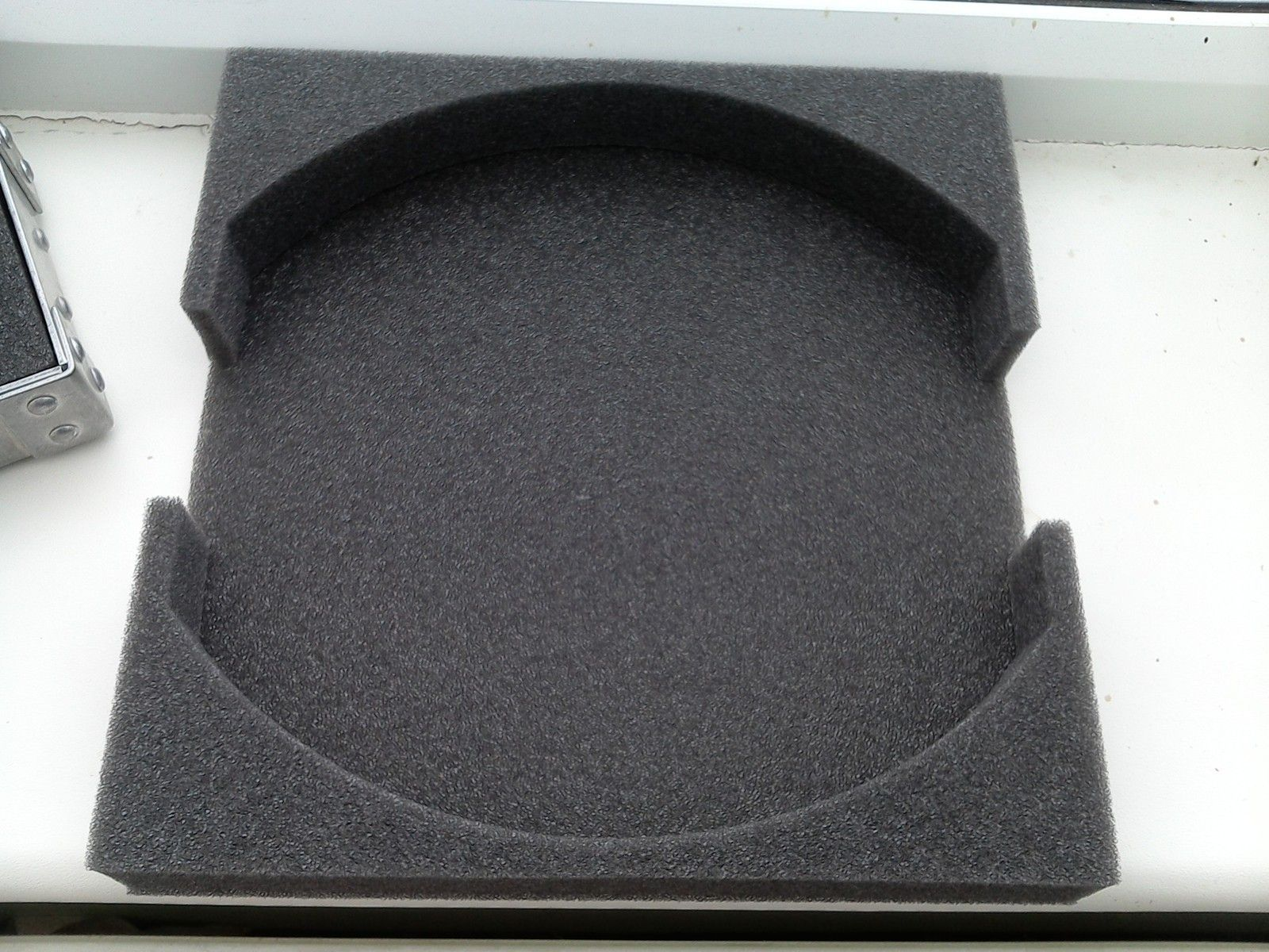 X Metal vault, replacement foam - WIN_20150727_134451.JPG