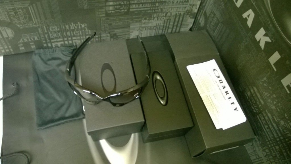LNIB Pit Boss 2 Polished Black / VR28 Black Iridium Polarized - WP_20140215_22_58_09_Pro.jpg