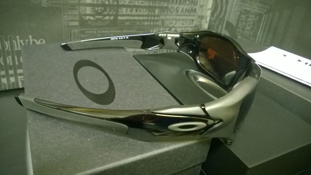 LNIB Pit Boss 2 Polished Black / VR28 Black Iridium Polarized - WP_20140215_23_01_48_Pro.jpg