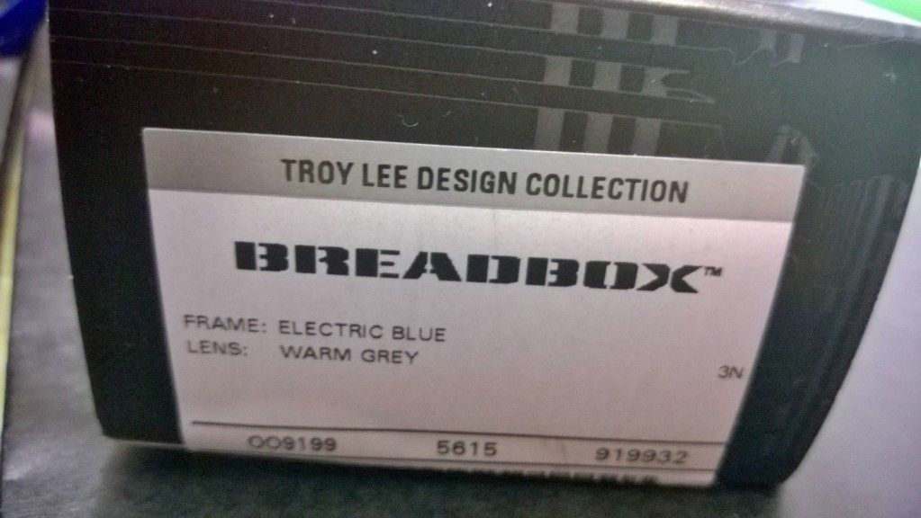New Troy Lee Electric Blue Breadbox - WP_20141013_17_05_21_Pro.jpg