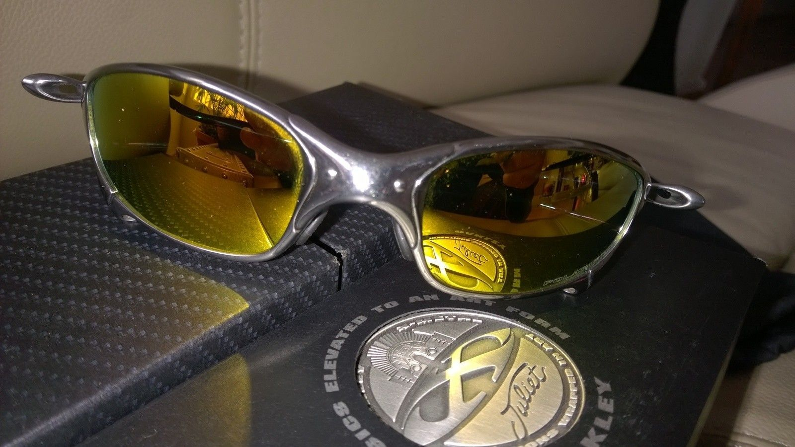 Polished / Fire Polarized Juliet with X Metal Hard Vault - WP_20150205_08_17_40_Pro.jpg