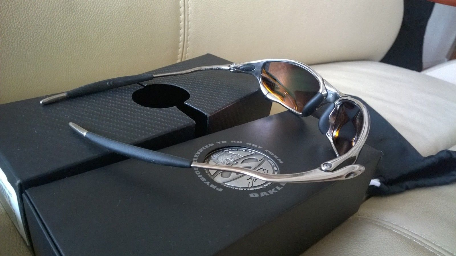 Polished / Fire Polarized Juliet with X Metal Hard Vault - WP_20150205_08_18_39_Pro.jpg