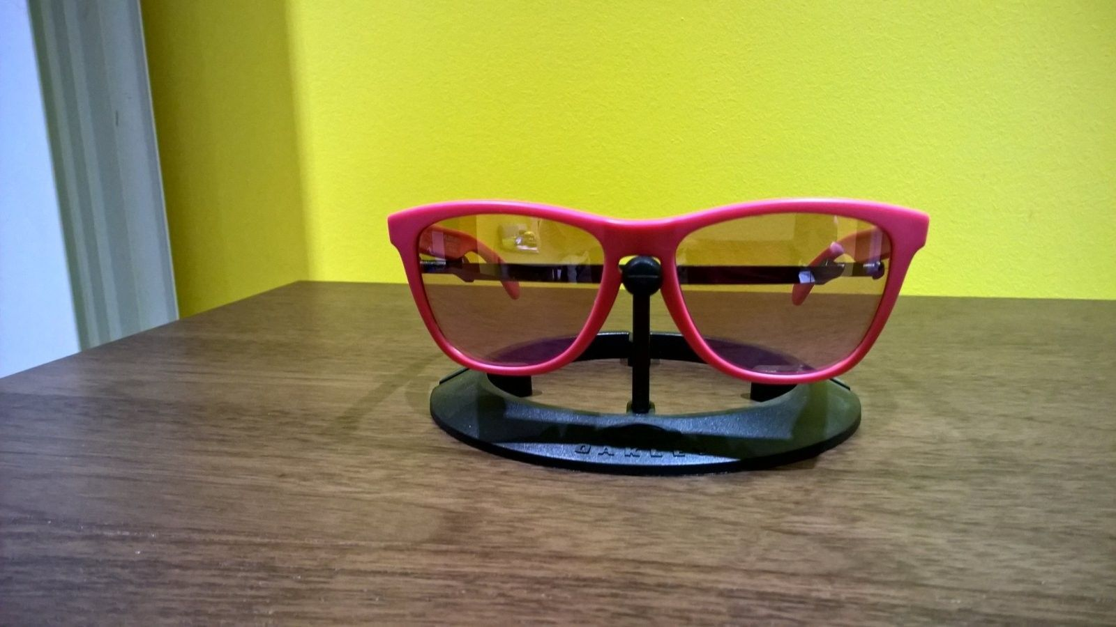 Rubberized Pink Paul Smith Frogskins Price Drop - WP_20151105_20_16_19_Pro.jpg