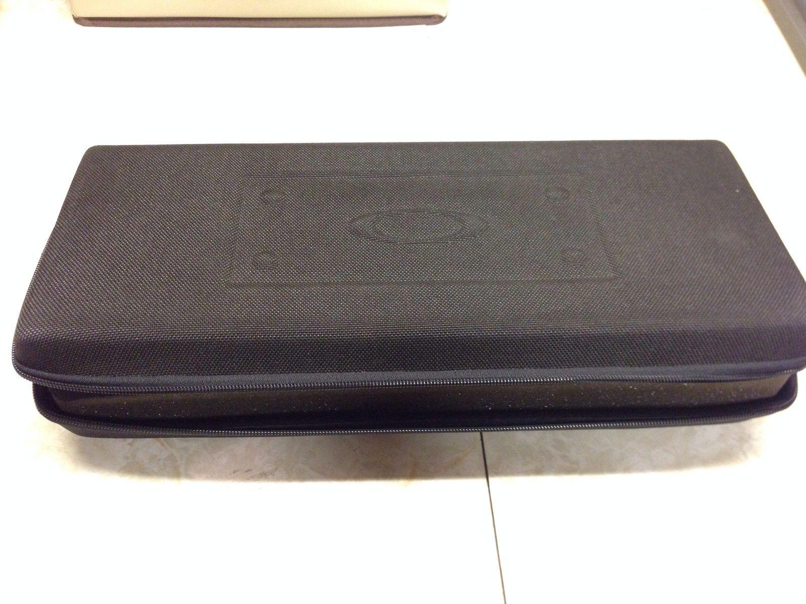 Oakley Sales Rep Case - wrw7kBv.jpg