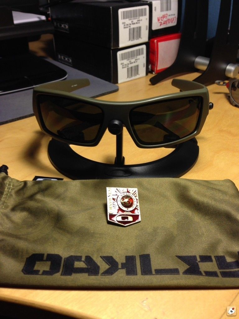 Some Rare Oakley For Sale - y4y2a8uj.jpg