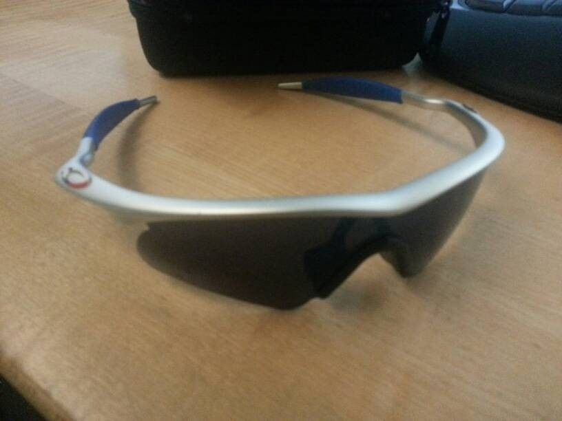 c01f7f359bf Oakley Fuel Cell Lance Armstrong