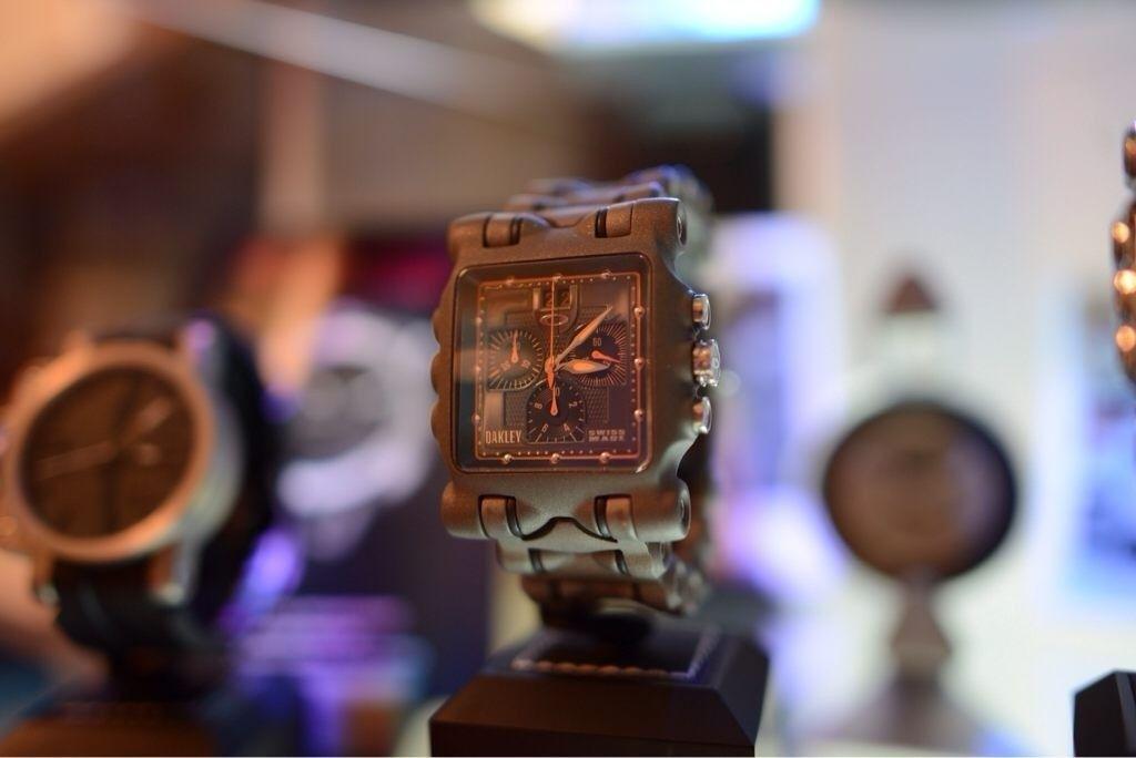 GH4AU's little Oakley watch collection - yga7e3y5.jpg