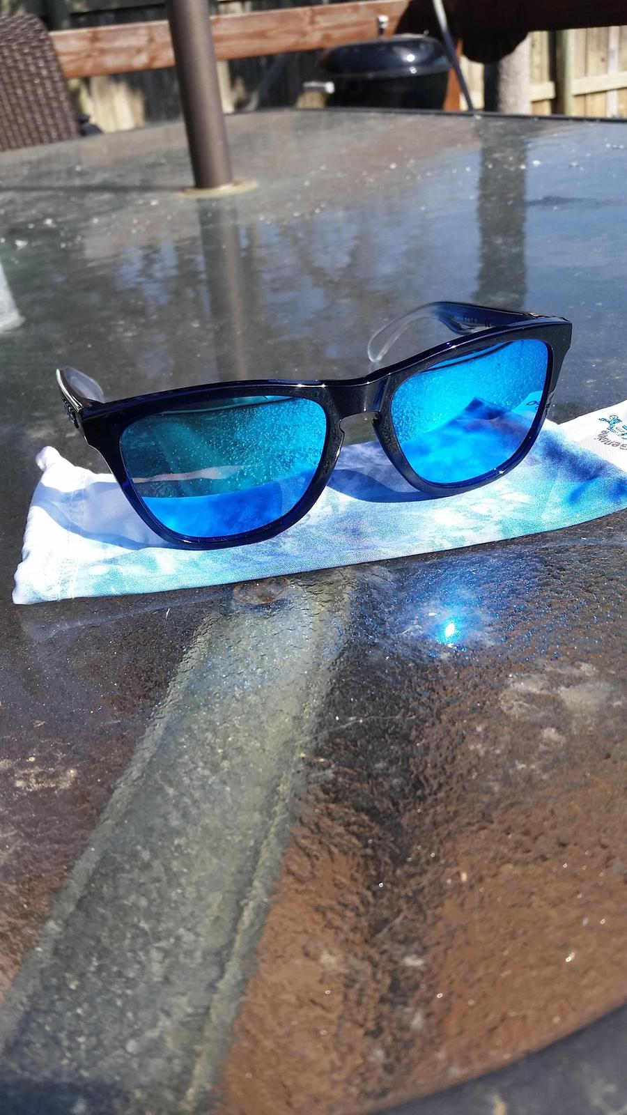 My new/first pair of frogskins just came in today! - YJG1ygB.jpg