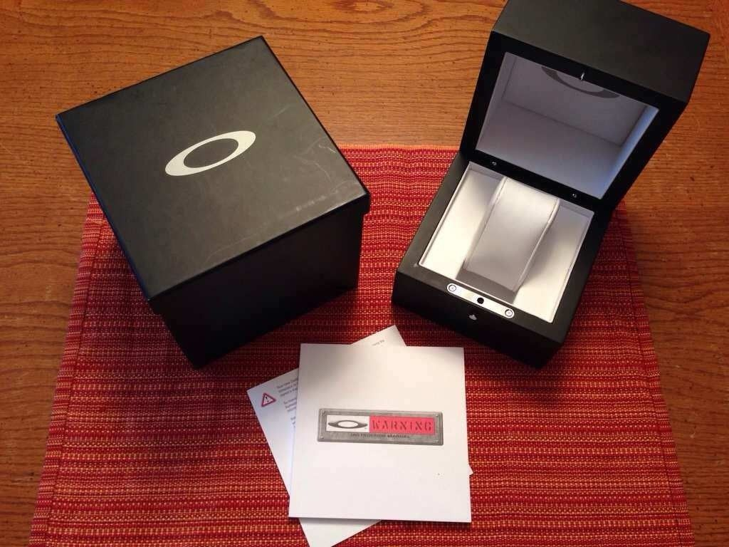 Oakley Minute Machine Box.....Complete......$50 - yju6egyh.jpg