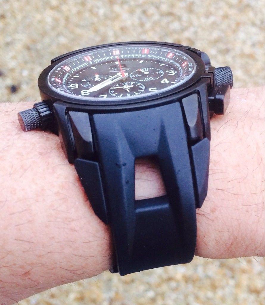 12 Gauge Watch - All Black With Rubber Strap - yranubez-jpg.5682.jpg