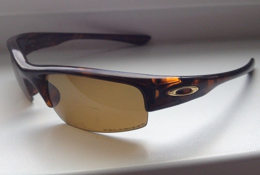 Are these Oakley Bottlecaps? - zdj1190cie15_zps29be54be.jpg
