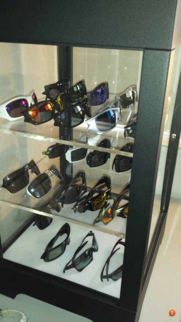 My Oakley Collection With First Display Case. - zy9yhy4u.jpg