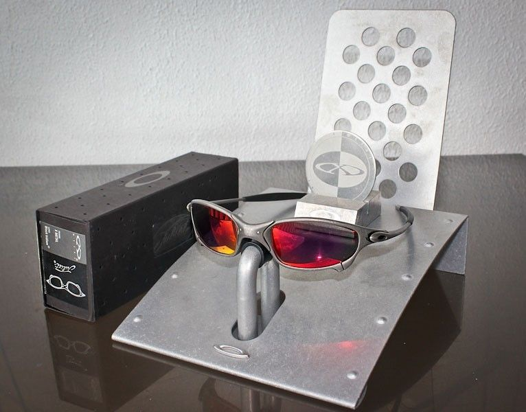 Oakley Juliet Sunglasses with Fire Iridium Lenses