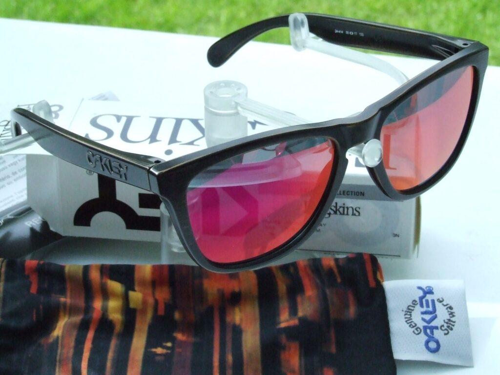 Ruby Iridium lenses in Oakley Frogskins