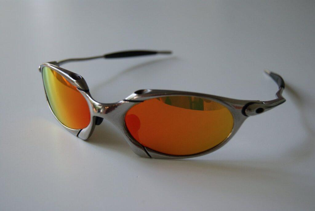 Fire Iridium lenses in Oakley Romeo frame